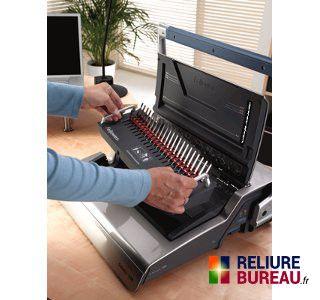 machine relier usage courant pour anneaux plastiques galaxy e500. Black Bedroom Furniture Sets. Home Design Ideas